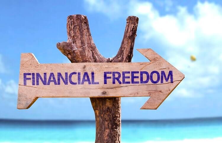 """""""10 kroków do wolności finansowej""""– według Pawła Albrechta"""